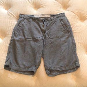 Pants - Gray shorts